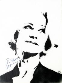 Dame Helen Mirren (30x40cm) signed, Berlin